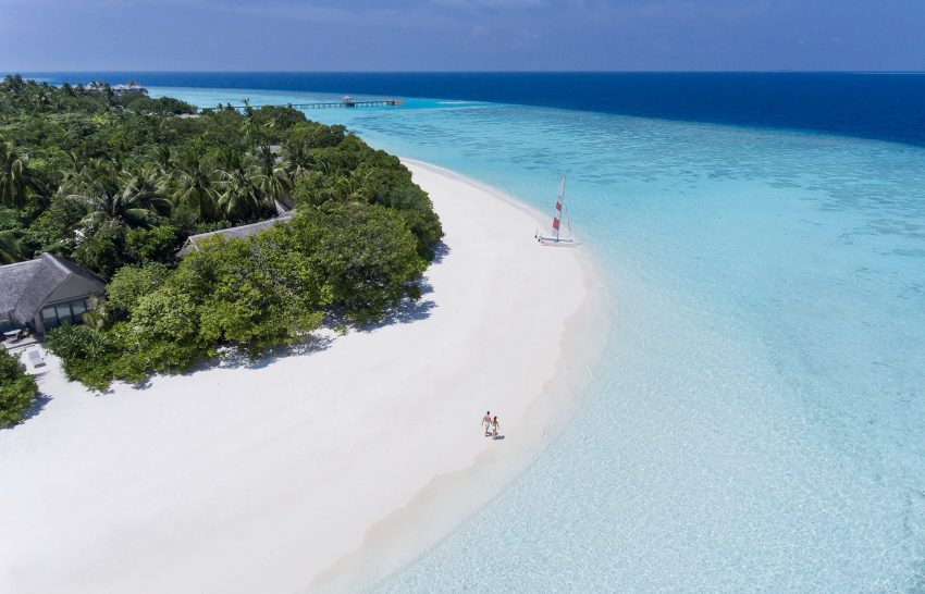 Vakkaru Maldives Beach