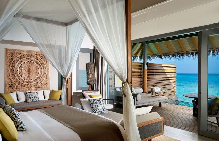 Vakkaru Maldives Over Water Villa Bedroom