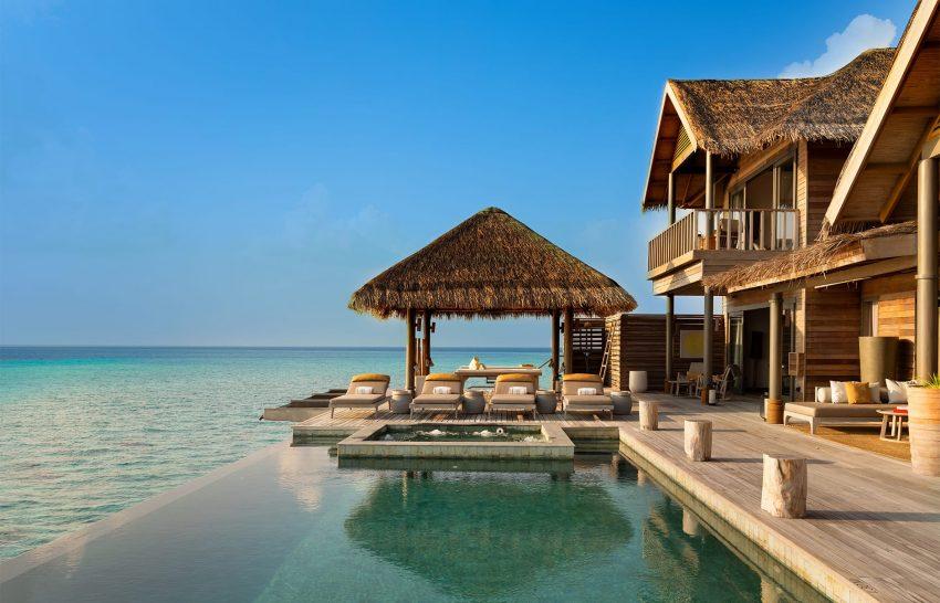 Vakkaru Maldives Villa Pool